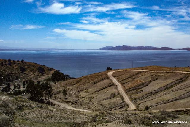 Lago Titicaca, no Altiplano Boliviano