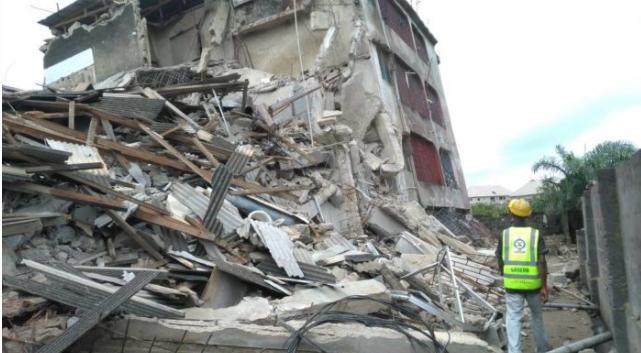 4 storey building collapses ebute metta lagos
