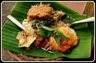Pecel Madiun Makanan Tradisional Dari Madiun, Jawa Timur