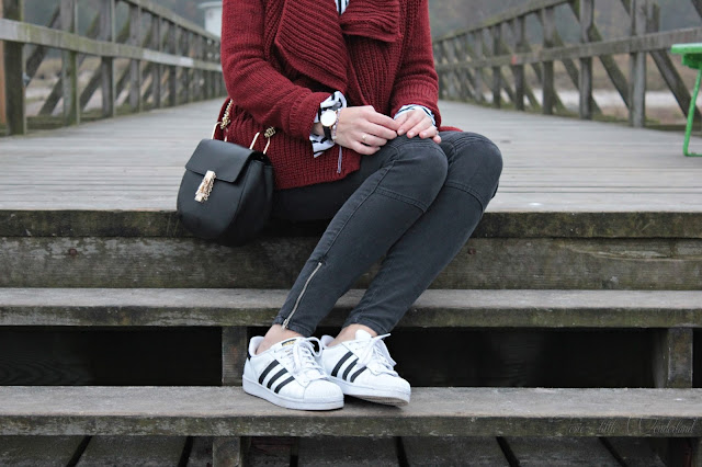 outfit post, josie´s little wonderland, fashion, autumn, cozy, knitwear, outfit, details, adidas, superstars, blog, blogger, fashionblogger