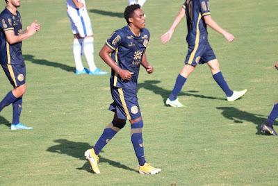 Com direito a gol, assistência e artilharia, Alex Henrique comemora classificação da Aparecidense para as semifinais do Goianão