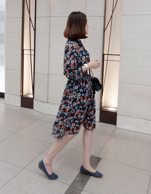 Floral Tie-Neck Dress