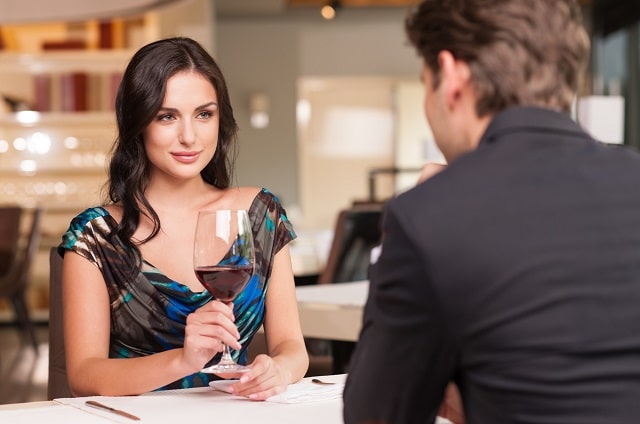 how to date successful single mature women
