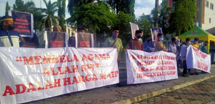 Diduga Lecehkan Agama, Anggota DPR RI Didemo & Dituntut Minta Maaf