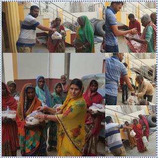 देश मे लॉक डाउन के 15 वे दिन बीत गए इस दौरान सामाजिक कार्यकर्ता समस्तीपुर के कल्याणपुर में ग्रामीण को खाद सामग्री बाटी।