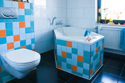 Bathrooms With Lots of Color 3
