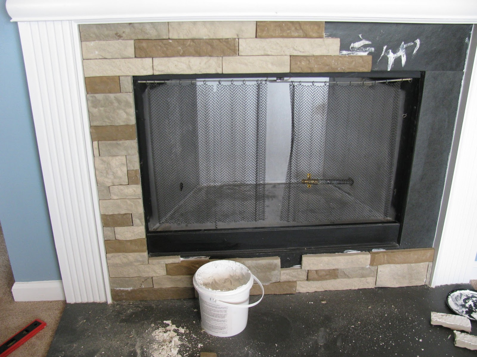 The Sweetest Nest : DIY Fireplace Update