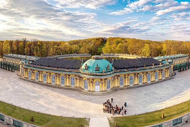 Những cung điện Hoàng gia có kiến trúc đẹp trên thế giới