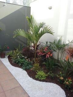 จัดสวนข้างบ้านเล็กๆ