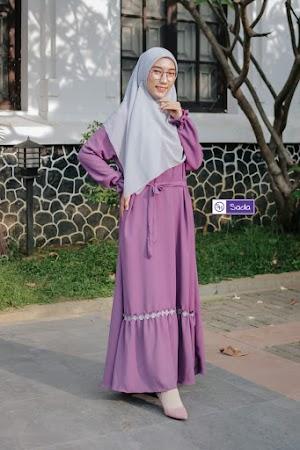 Gamis Yasmin dengan Model Simpel dan Manis Harga Minimalis