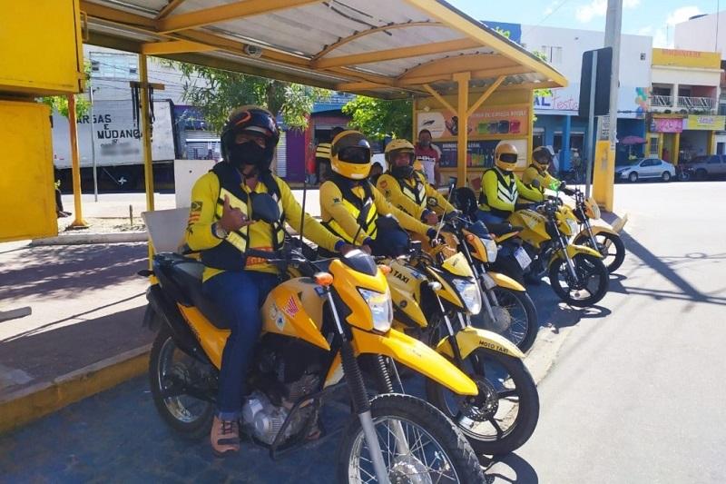 Prefeitura de Juazeiro alerta população para que utilize o serviço de mototáxi regularizado