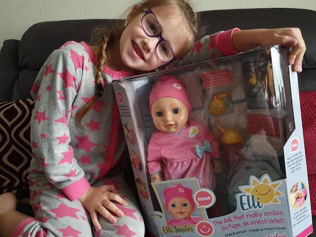 elli-smiles-interactive-doll