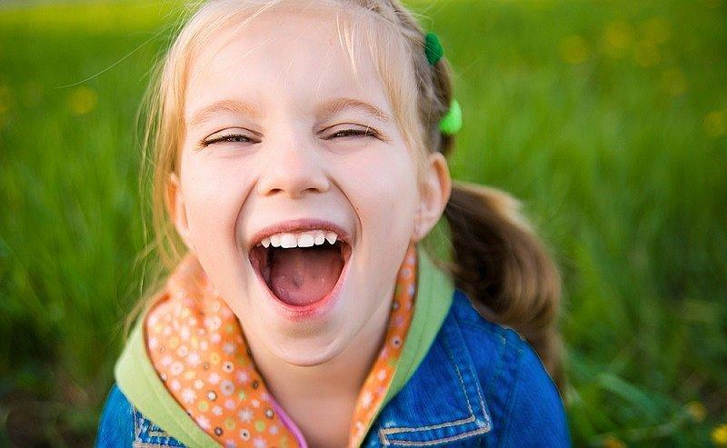 risas de niños