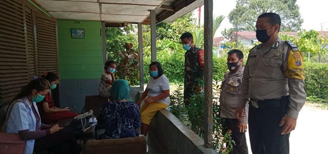 Tiga Pilar Laksanakan Tracing Kepada Masyarakat Kontak Erat Bersama Personel Jajaran Kodim 0207/Simalungun