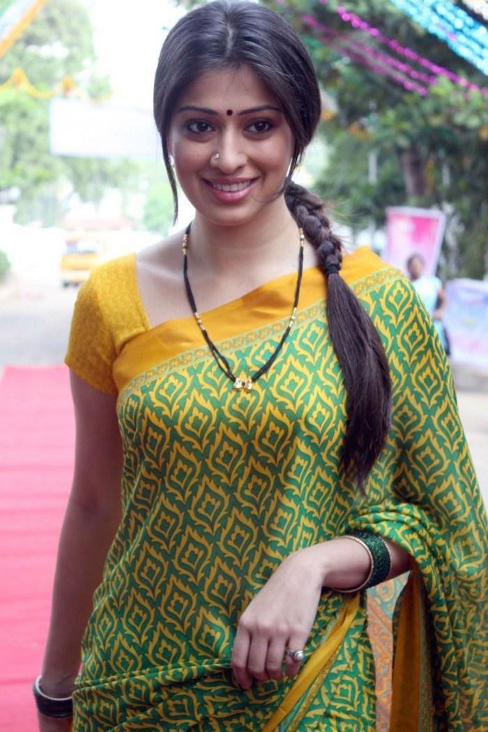 tamil actress hot in saree hd images