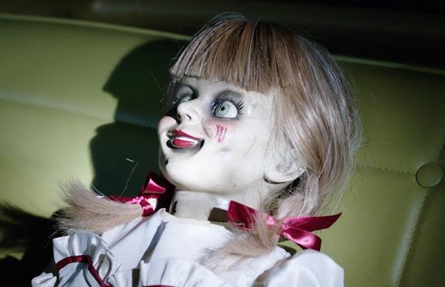 """Novo trailer de """"Annabelle: De Volta Para Casa"""" evoca vários espíritos"""