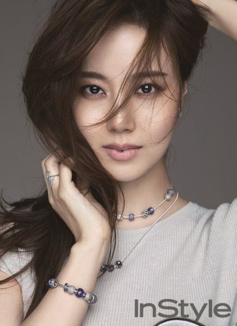 Beautiful and Cute Korean Actress