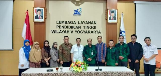 Audiensi Ikatan Dosen Republik Inonesia (IDRI)  dengan LLDIKTI V Yogyakarta