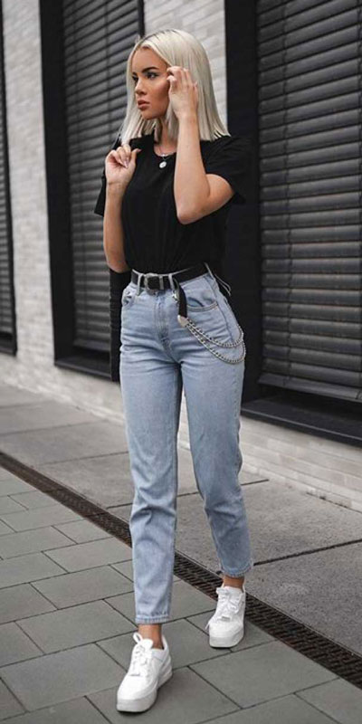 kickstart this season with these 24 charming street style summer fashion ideas. Summer Outfits via higiggle.com | #streetstyle #summeroutfits #fashion