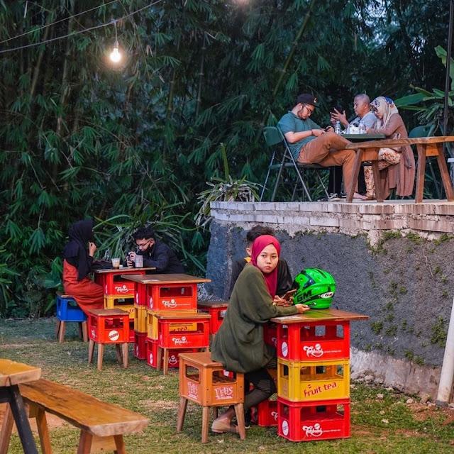 Warung Plosok Pasir Muncang Bogor Jawa Barat