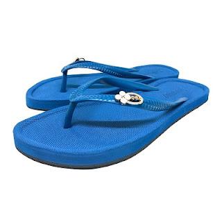 sandal flat warna biru