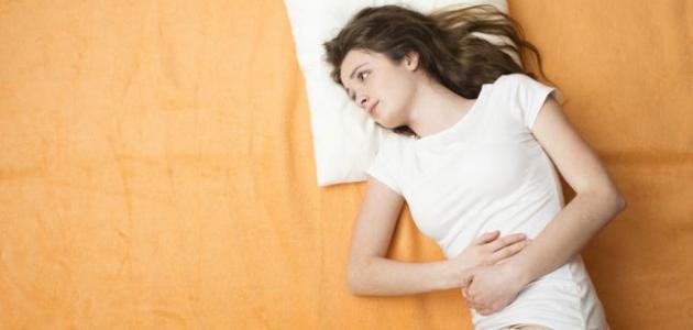 كيف يحدث الطمث ؟ الدورة الشهرية