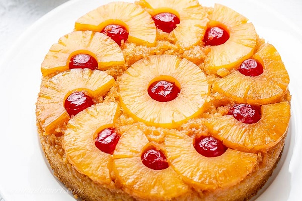 The easiest way to make pineapple cake