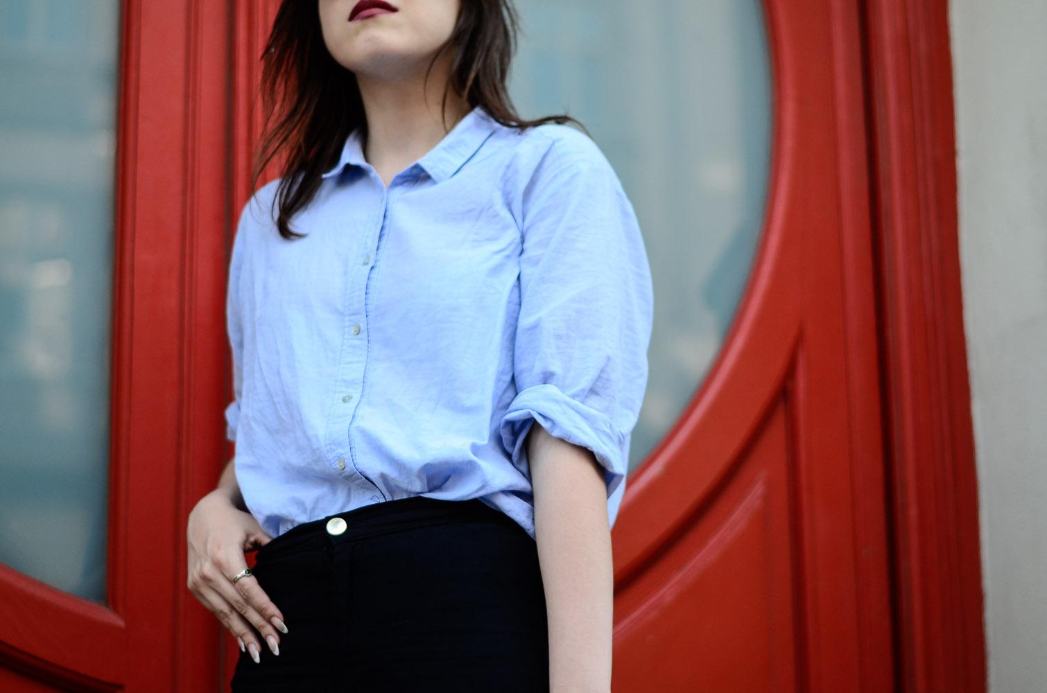 bawełniana koszula błękitna rurki wysoki stan adidas superstar stylizacja blog