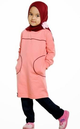 Baju Muslim Anak Perempuan Berkarakter