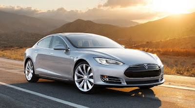 Uppföljaren. Tesla i bilformat