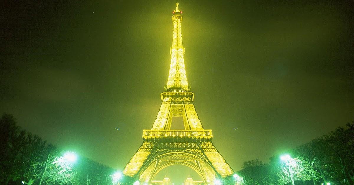 Eiffel Tower HD Wallpapers - Beautiful Eiffel Tower Night ...