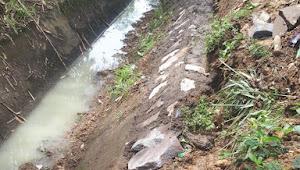 Pekerjaan Peninggian Saluran Di desa Sidarahayu Kec.Purwadadi tidak Bertuan