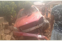 Parent Mourn Her 6 Children In Accident That Killed 15 People In Edo State