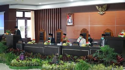 Dua Raperda Inisiatif DPRD Lombok Timur Ditetapkan Jadi Perda