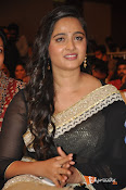 Anushka at Lingaa Successmeet-thumbnail-6