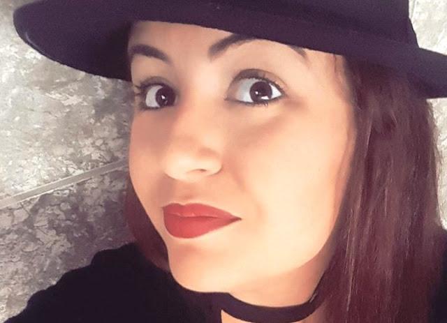 A cantora  Stéfanie Singer, que está lançando um clipe em parceria com uma agência especializada em produção, conteúdo para música, publicidade e cinema. (Foto: Divulgação)