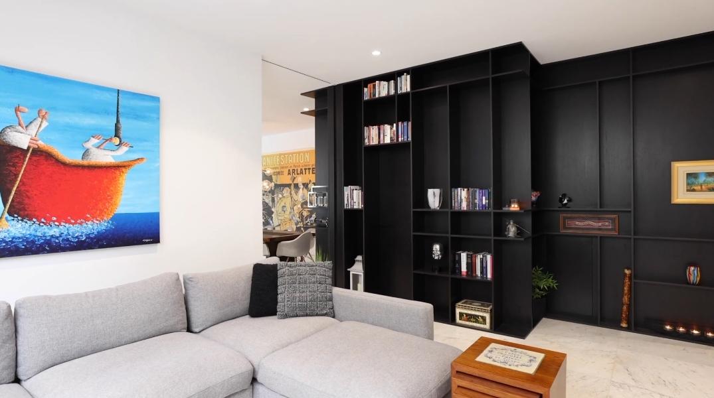 28 Photos vs. Tour 9 Churchill Ct, Brighton East, Vic Luxury Home Interior Design