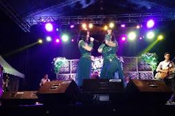 Artis Seksi Duo Srigala Hibur Warga Sulawesi Selatan DI Bulukkumba.