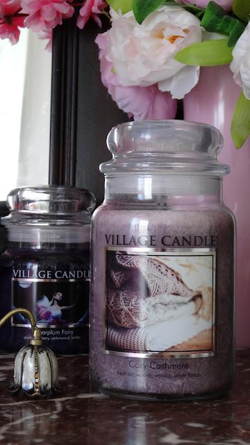 avis Cozy Cashmere de Village Candle