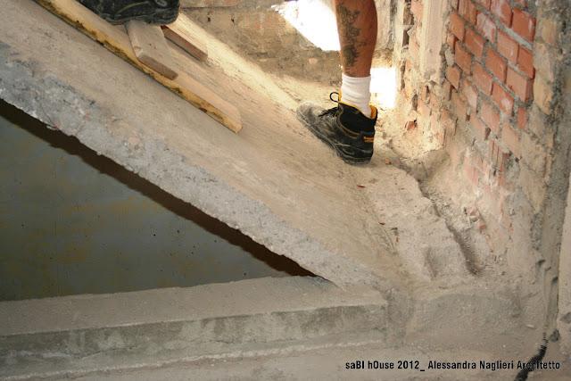 demolizione scala stair demolition