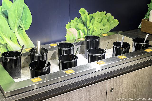 MG 6212 - 熱血採訪│台中唯一有機葉菜吃到飽,金典綠園道分店新開幕,姓蔡姓葉的海鮮盤買一送一