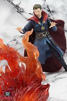 S.H. Figuarts Doctor Strange (Battle On Titan Edition) 21