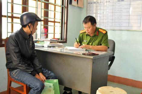 Gia Lai: Công an làm chứng minh thư tạm thời để thí sinh kịp thi