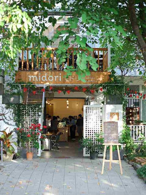 Chech in Huế tại Midori Sweet