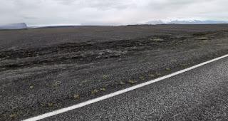 Territorio de Skeidarársandur, el sandur o sandar más grande del mundo.