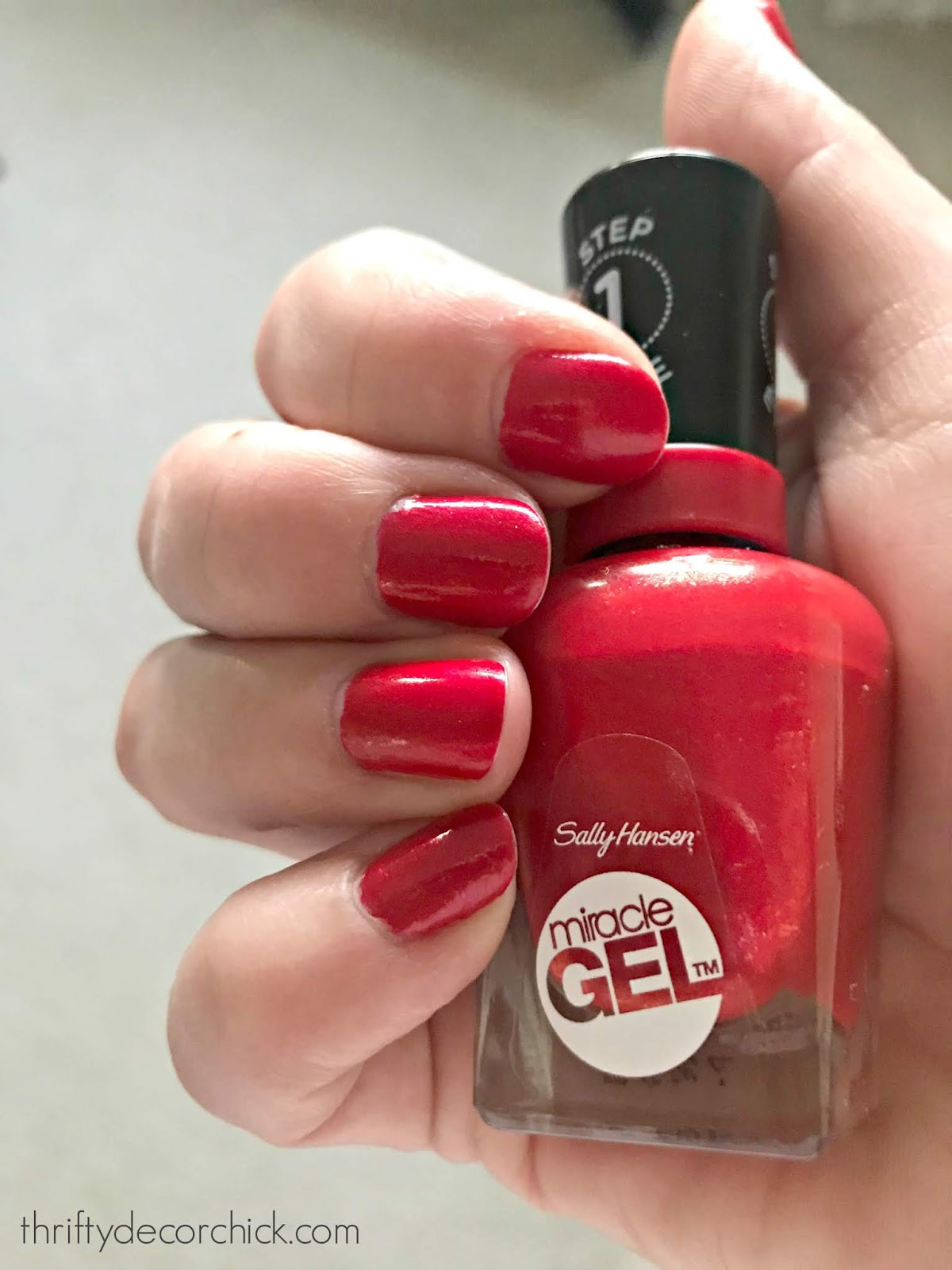 Miracle gel nail polish that stays on