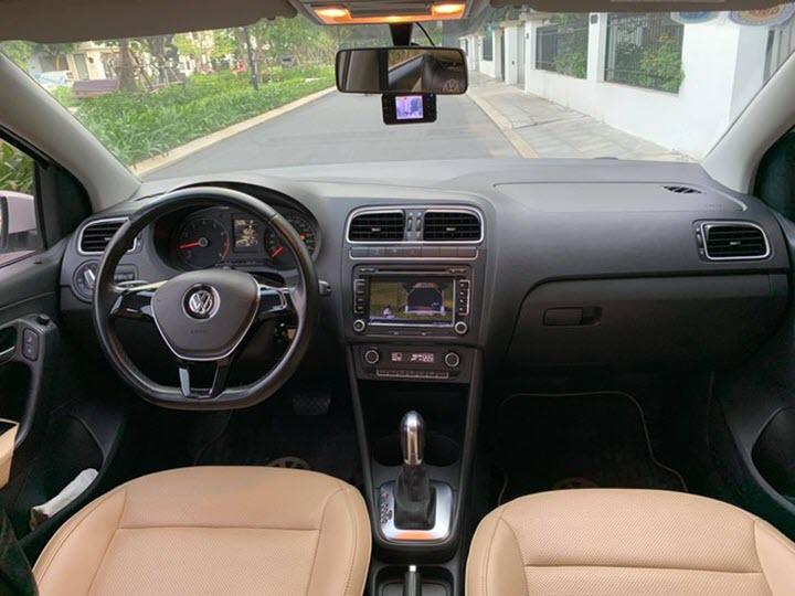 Xe Đức Volkswagen Polo giá hơn 400 triệu đồng sau 5 năm sử dụng