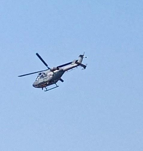 चौखुटिया में चक्कर लगाता सेना का हेलिकॉप्ट