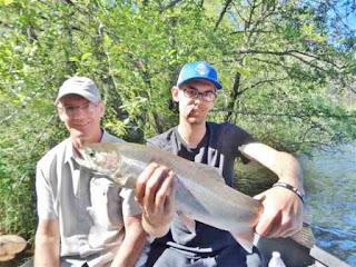 Rogue-river-steelhead-fishinig