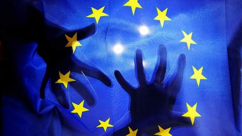 Διονύσης Χιόνης: Ο Ευρωσκεπτικισμός θα σαρώσει την Ευρώπη